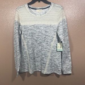 Dept. 22 Long Sleeve Top Lace detail NWT